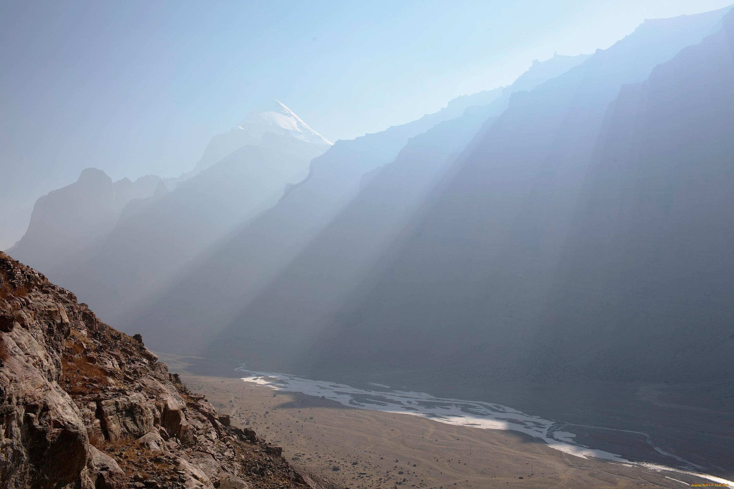 Тибетский оскал фото зависит больше